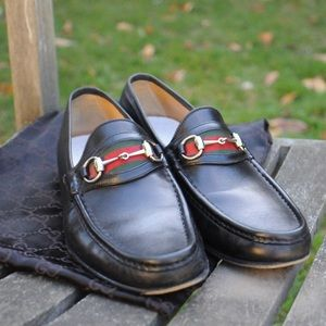 gucci leather loafers dress shoes. Men's 10.5